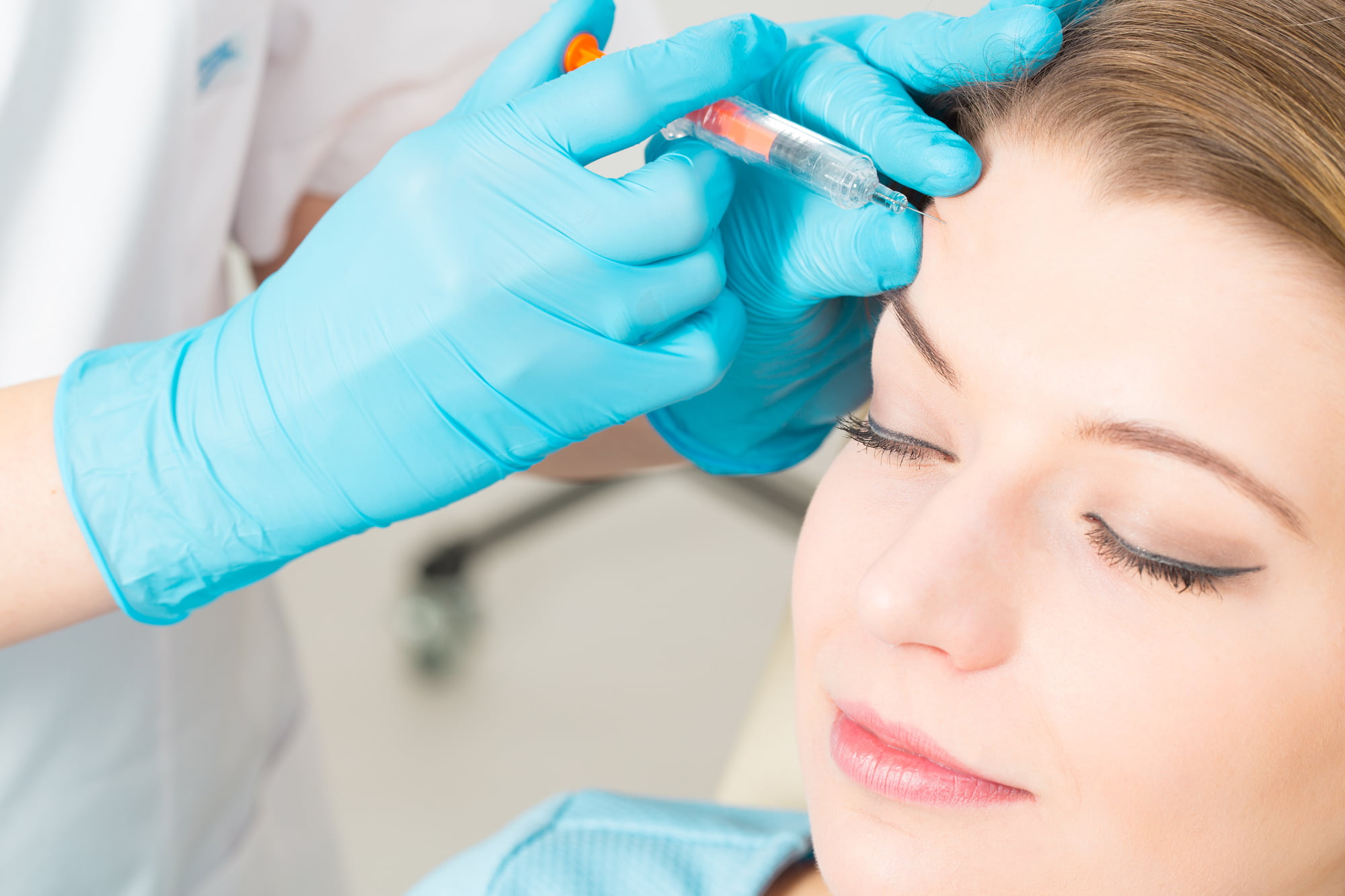 Give Wrinkles the One-Two Punch: The Benefits of Combining Botox and Fillers